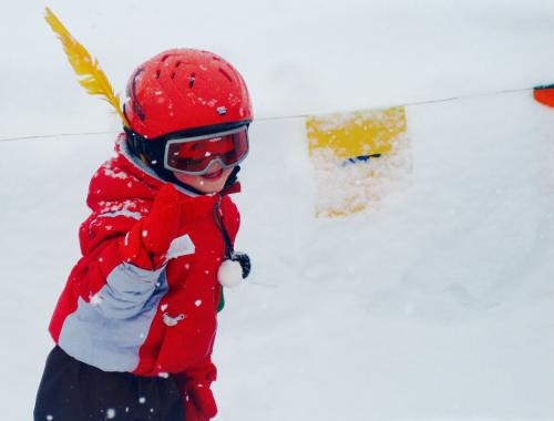 Kleuter op wintersport